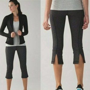 Lululemon Gather and Crow Crop Pants Black Gray 6